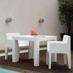 JUT Vondom silla blanca de surco
