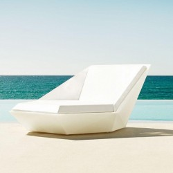 Sunbathing Faz Vondom Daybed white swivel mast